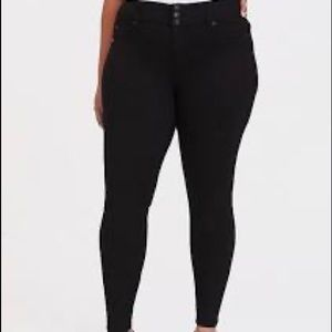 Torrid black jeggings